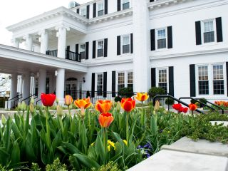 Spring Savings Lodging Specials